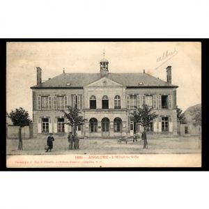 51 - ANGLURE (Marne) - L'Hôtel de Ville