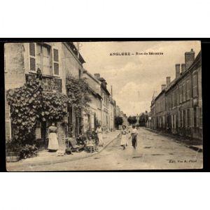 51 - ANGLURE (Marne) - Rue de Sézanne