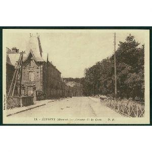 55 - REVIGNY  (Meuse) - Avenue de la Gare