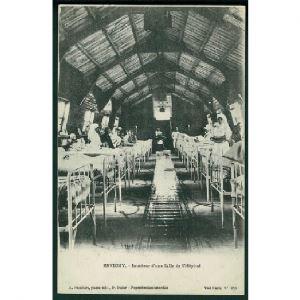 55 - REVIGNY  (Meuse) - Intérieur d'une Salle de l'Hôpital