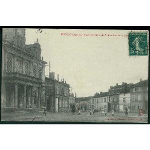 55 - REVIGNY (Meuse) - Place de L'Hôtel de Ville et Rue de la Gare
