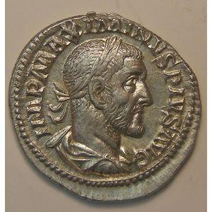Empire romain, Maxininus I, Denier, R/ VICTORIA AVG, 2.93 Grs, TTB+/SUP