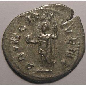 Empire romain, Philippus II, Antoninien, R/ PRINCIPI IVVENT, 3.74 Grs, TTB/TTB+