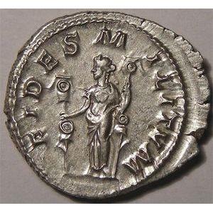Monnaie romaine, empereur,  Maximinus,Maximin I,  denier, R/ FIDES MILITVM